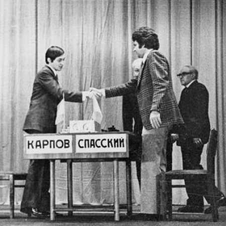 А.Батуев вместе с В.Микенасом судил матч Борис Спасский - Анатолий Карпов, Ленинград, 1974г.