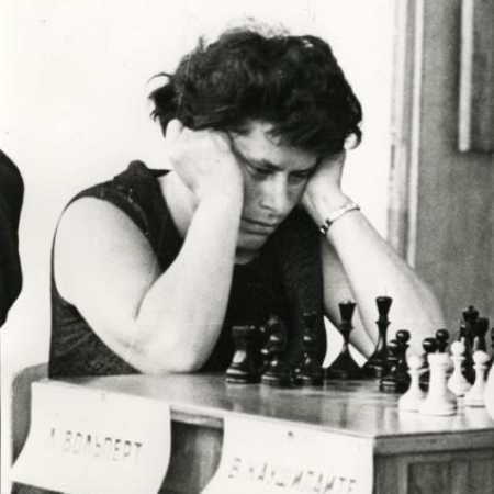 Лариса Вольперт